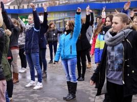 kobiety-tancza-przeciw-przemocy-5