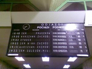 Pociągu do Siedlec na tablicy nie było Fot. czytelnik