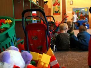 Najmniej problemu z zapisaniem dziecka do przedszkola będą mieli rodzice i opiekunowie 3 - latków. Fot. AB