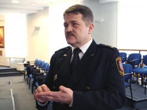 """-""""Strażnicy nie mogą tylko chcieć ratować życie, oni muszą móc je uratować"""" - Sławomir Garucki Fot.AB"""