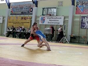 Monika Michalak w czerwonym stroju. Fot. WLKS