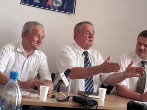 Krzysztof Tchórzewski (pierwszy od lewej) Fot. AB