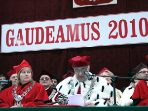 Inauguracja roku akademickiego. Od lewej: prof. Tamara Zacharuk, prorektor ds. organizacji i rozwoju UPH i ptof. dr hab. Antoni Jówko, rektor UPH