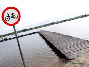 Czy wkrótce zamiast zakazu skoków do wody będzie obowiązywał inny zakaz? Fot. AB