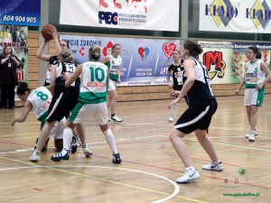 MKK Siedlce (stroje czarne) - Hit Kobylnica. Fot. AB