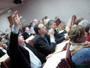 Sesja gminy w Zbuczynie była dość burzliwa. Fot. BG