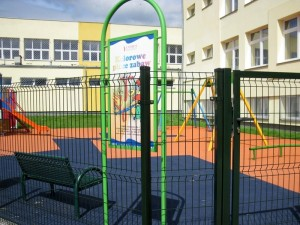 Plac zabaw przy ul. Granicznej jest otwarty od godz. 14. do 22. Fot. BG