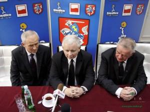 Jarosław Kaczyński podczas spotkania z lokalnymi mediami. Fot. AB
