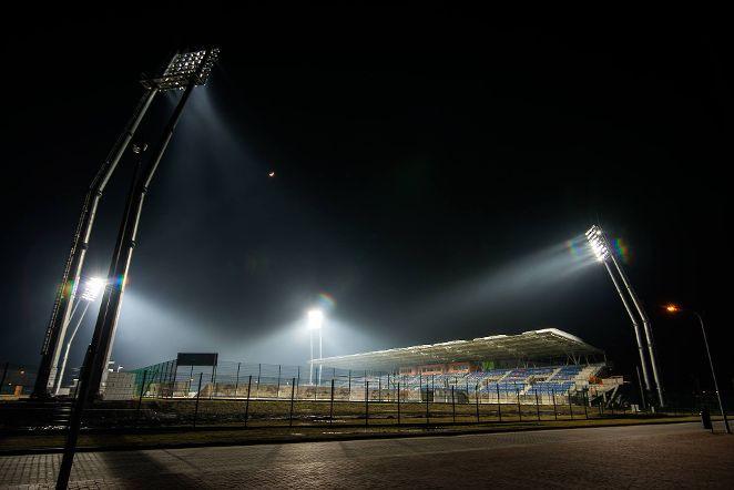 stadion oswietlenie1