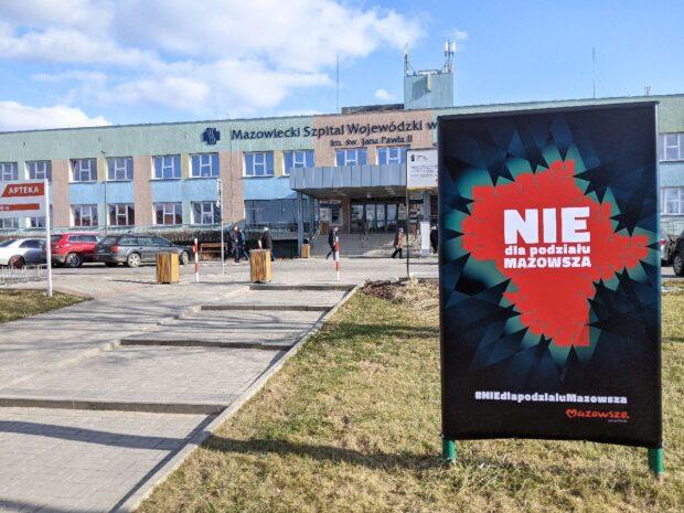 Pielęgniarki i położne ze szpitala wojewódzkiego biorą symboliczny udział w proteście Fot. SPIN